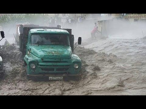 Мощный ливневый паводок после градового шторма в Акушинском и Левашинском районах Дагестана
