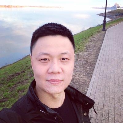 Станислав Им