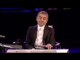 МИСТЕР БИН ЖЖЕТ НА СИНТЕЗАТОРЕ ► Mr Bean play piano