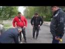 Аким Темиртау проверяет качество свежего асфальта