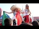 MEXICANOS Y RUSAS PONEN LA FIESTA EN EL FAN FEST DEL MUNDIAL