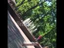 Пьяные пограничники забрались в фонтан в парке Блонье