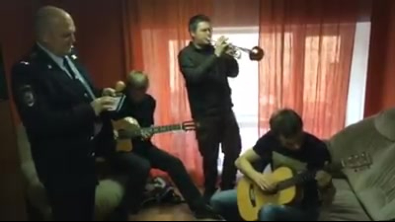 Владимир Фекленко и Денис Рожков на съёмках сериала Законы улиц/27 ноября 2014 г.