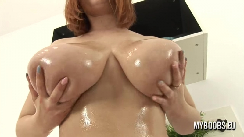 Oiled up redheads 4