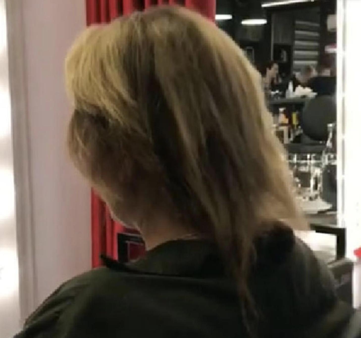 Юлия Мочалова лишилась большей части волос  Юлия Началова,