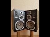 Yamaha NS-200M. The Gene Harris Quartet - Funky Genes