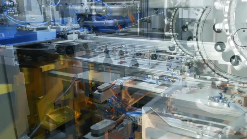 «Кропоткинский завод МиССП» Разработал новую модель автомата выдува полиэтилентерефталат-тары (online-video-cutter.com) (3)
