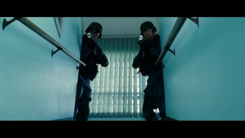 Отрывок из фильма SWAT - спецназ города ангела (2003)
