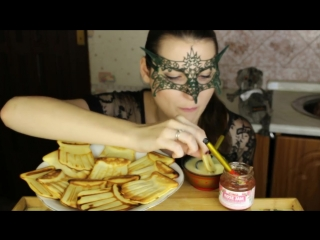 МУКБАНГ Вафельки МИСТИЧЕСКИЕ ИСТОРИИ_Mukbang Homemade WAFFLES with Rose Jam 웨이퍼