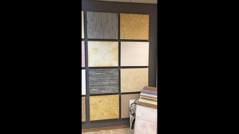 Выставочные образцы - планшеты, одна из стен салона декоративных покрытий ТМ Effectum в г. Феодосия