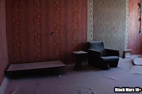 Поселок Юбилейный основан в 1957 году. Рос и развивался до 2000 года, когда была закрыта шахта «Шумихинская». Это была последняя шахта Кизеловского угольного бассейна, эксплуатировавшегося с 1797 года. Шахта была вполне рентабельная и не отработала еще и половины своих запасов...