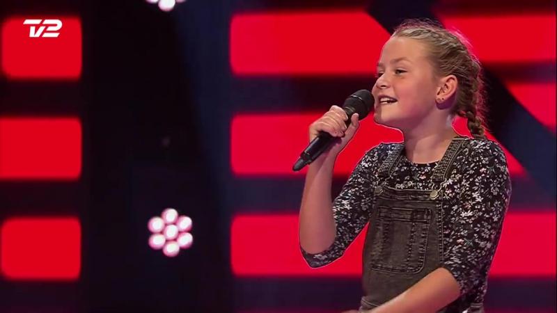 Merle   Ildebrænd i Byen af Natasja   Blind 1   Voice Junior Danmark 2017