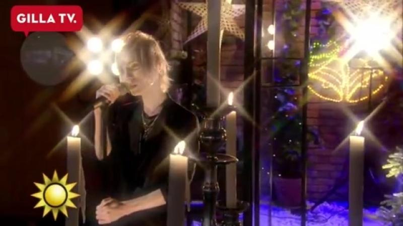 Yohio sjunger Betlehems stjärna i Nyhetsmorgon