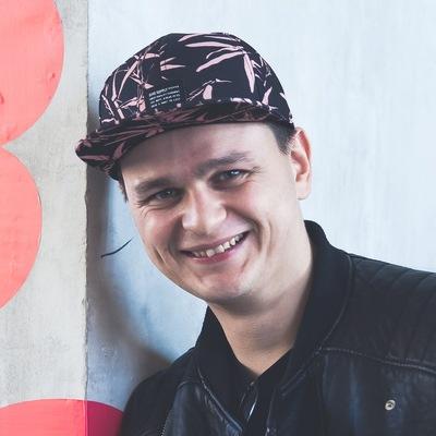 Леонид Ивахов