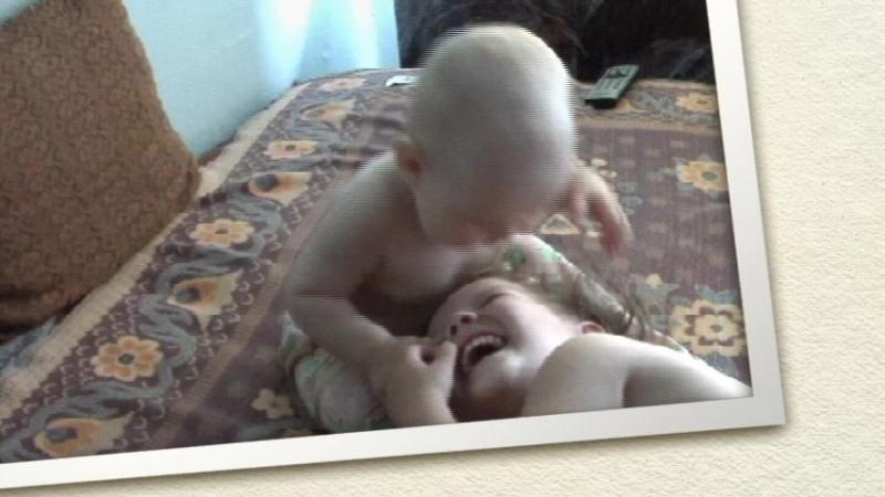 сестренки (домашнее видео)