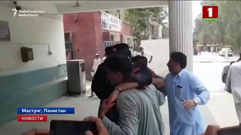 В Пакистане смертник устроил взрыв