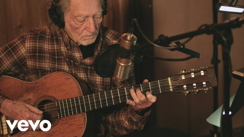 Willie Nelson - Ready to Roar