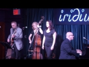 Jane Monheit with the Les Paul Trio - ''I Can't Give You Anything But Love''