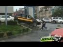 Таксист решил сократить путь во Владивостоке, но что-то пошло не так