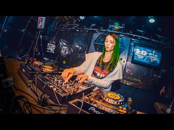 Miss Monique @ Vertigo Club (Gyor, Hungary 10.03.2018) Progressive house, Techno Mix