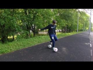 Интересное упражнение с 2-мя мячами: на контроль финта, скорость ног и координацию