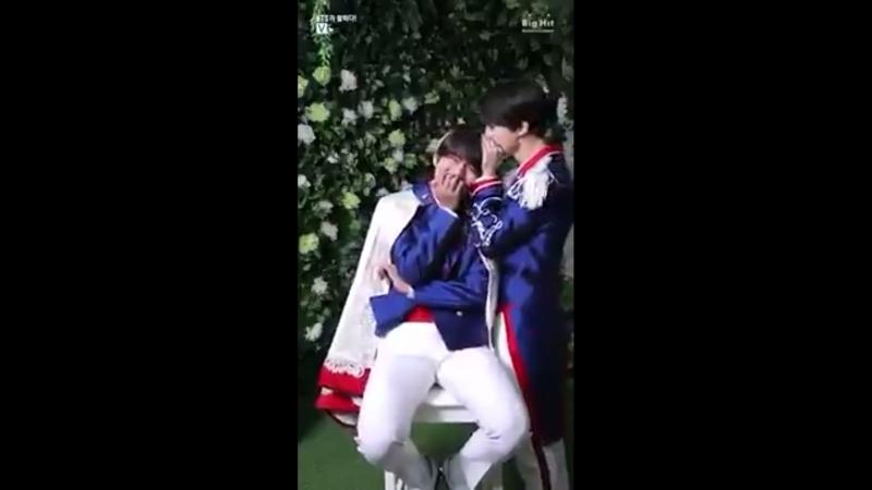 Taehyung fancafe video ♡