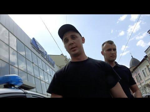 Харьковское быдло распускает руки