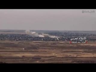😎Провинция Эль -Кунейтра, населенные пункты Кафр Насидж и Таль Хамад. САА и спецназ Сил Тигра взяли все высоты. До Голан 11 км.