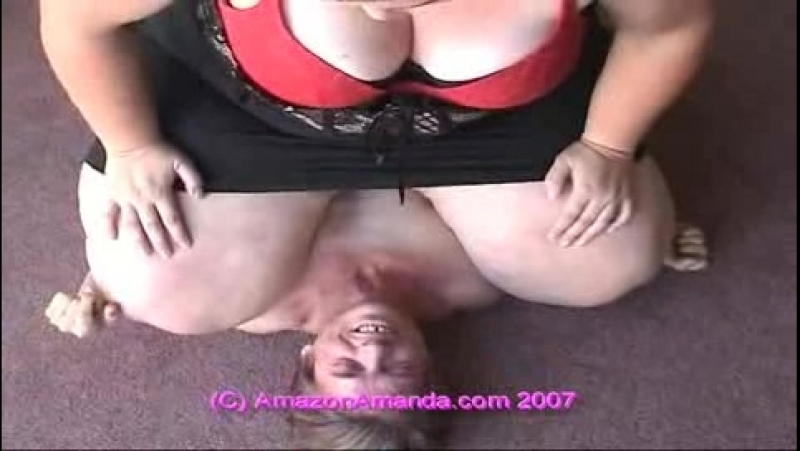 Bbw-facesit-061-Amandas_Girls_Rule,_Boys_Drool_[2]