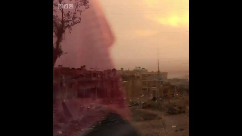 Сотни боевиков ИГ бежали из Ракки под прикрытием американских военных
