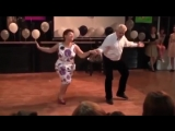 Потрясающе! Танец от души! ))