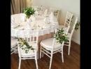 Декорирование стульев живыми цветами