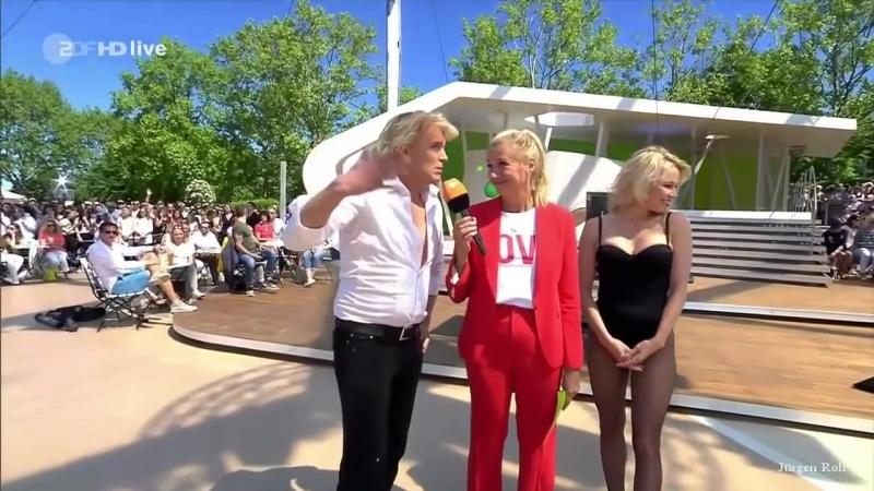 Pamela Anderson, Hans Klok - ZDF Fernsehgarten 06.05.2018