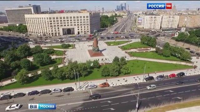 Вести-Москва • Москву прорекламируют туристические автобусы в Париже, Риме, Мюнхене и Шанхае