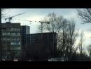 Ураганный ветер в Ростове-на-Дону раскрутил и раскачал башенный кран