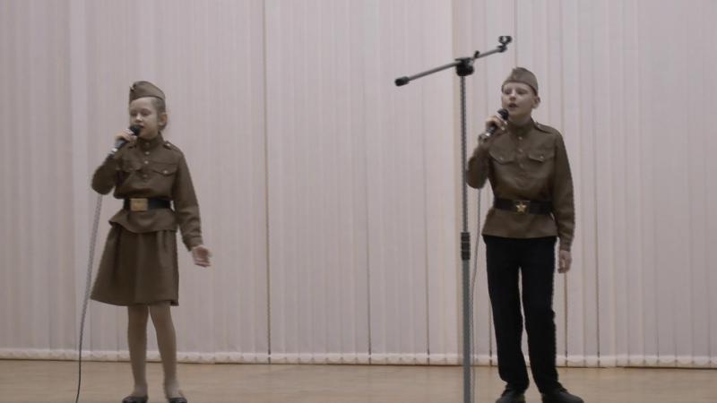 Песня Катюша исп.Дарья Тарасян и Артём Каменев - солисты Театра песни и ВЭШС Эксклюзив ЕКБ