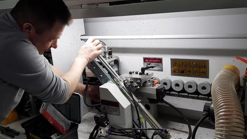 Автоматический кромкооблицовочный станок Rezer 53M
