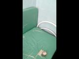 В Воронеже ребёнка положили в холодную подсобку больницы из-за отсутствия записи о прививке