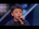 Юный талант с прекрасным голосом