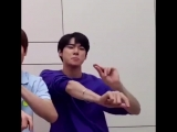 doyoung dancing to exo-cbxs lazy