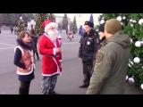 В Ставропольском крае представители Общественного совета поздравили сотрудников полиции необычными новогодними сюрпризами