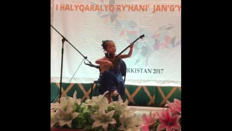кішкентай бүлдіршінімнің Түркістан қаласындағы байқауда Н.Тілендиевтің