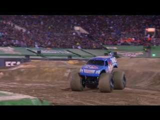 First ever Monster Jam Truck front flip - Lee ODonnell at Monster Jam World Fin