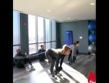 Тренировка в паре на ноги