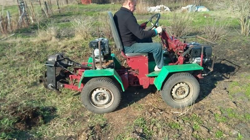 Перекопка огорода на самодельном тракторе