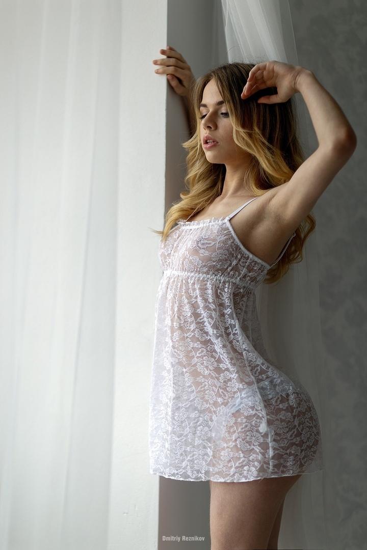 Wife sucking me and girlssleeping net