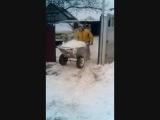 Как развеселить себя когда навалило много снега и тебя заставили его убирать!?