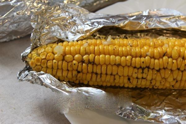 Кукуруза, запеченая в духовке
