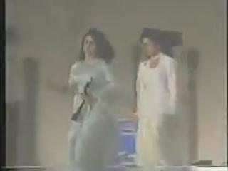 1993 г. FILMFARE - премия Lux New Face.  Sridevi Kapoor and Madhuri Dixit