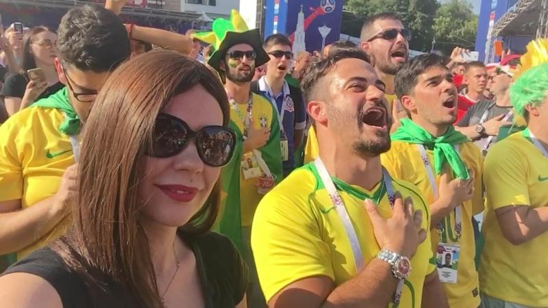 Гимн Бразилии перед матчем Бразилия vs Мексика. Я себяпрям бразильянкой ощутила.